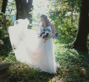 bride with train flying
